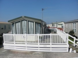 Beautiful 3 bedroom High Spec 37ft x 12ft Willerby Aspen With Decking, Central Heating, Double Glazed, Washing Machine, TV's In All Bedrooms, Sky feed