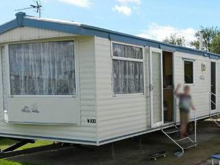 Excellent  Berth Luxury Caravan For Hire To Rent In Bradford West Yorkshire