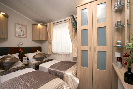 Stunning 43ft X 13ft Top Of The Range Willerby Vogue With