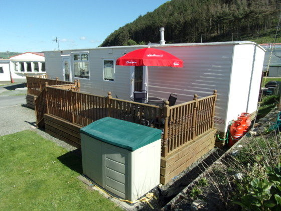 Creative Pet Friendly Caravan For Hire At Brynowen West Wales