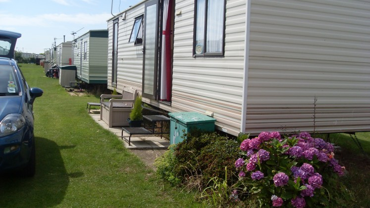 Lastest We Welcome Wellbehaved Dogs And Have A Range Of Caravans Which Are Available For Holiday Lets And Rental A Childrens Play Area, Clubhouse With Restaurant, Dog Walking Area And Coffee Shop Are Available For Your Use At New Romney
