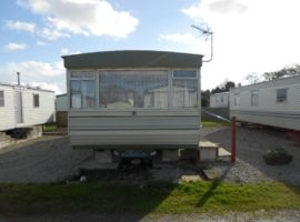 Lovely 6 berth static holiday caravan based in the centre of snowlands leisure and holiday park in Par, Cornwall.