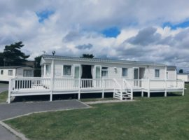 Holiday Home, Naze Marine Holiday Park. Walton-On-The-Naze.